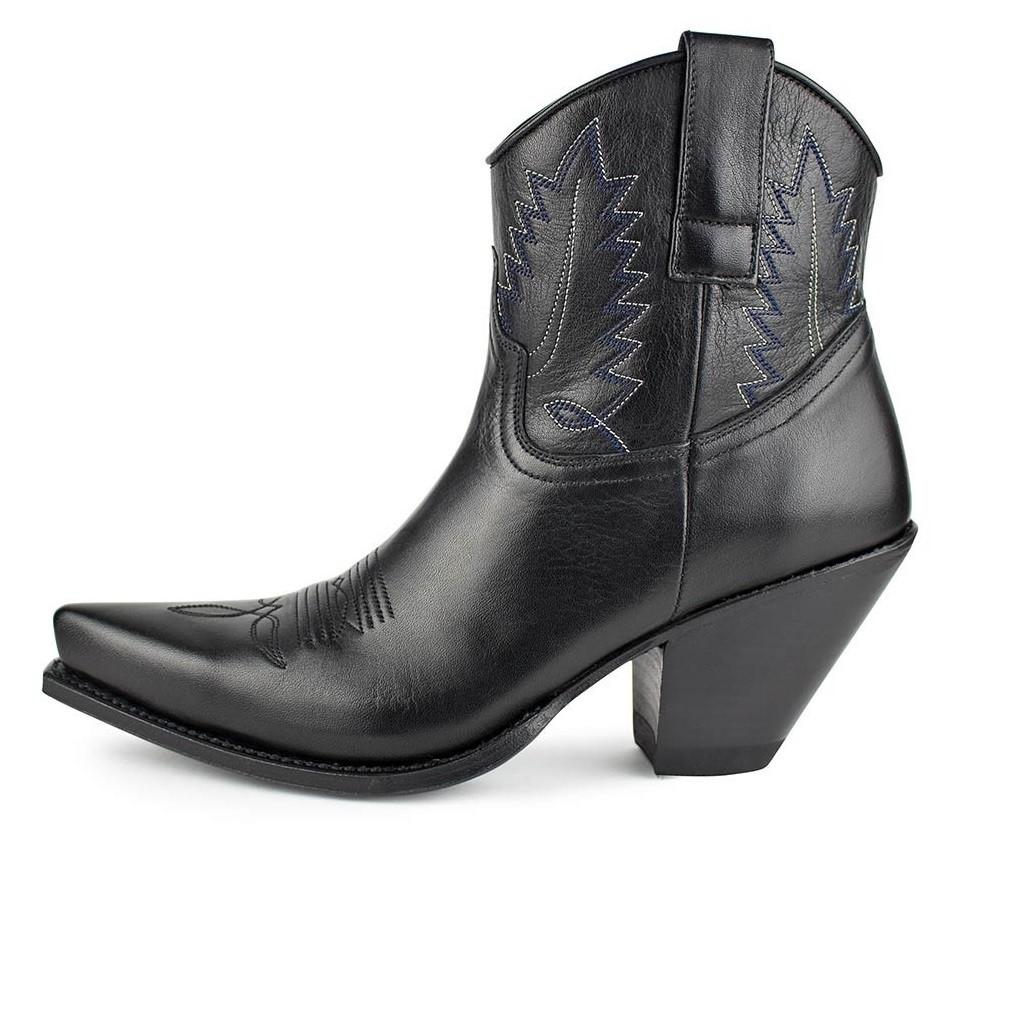 SENDRA Damen Boots mit Stickereien Black